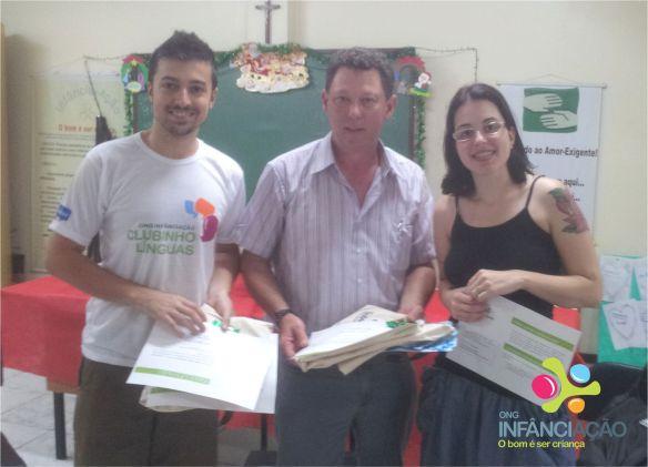 João (diretor do NA), Jorge Brandão (CVV-SM) e psicóloga Maria Fernanda