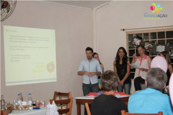 Voluntários apresentaram o relatório das atividades de 2013